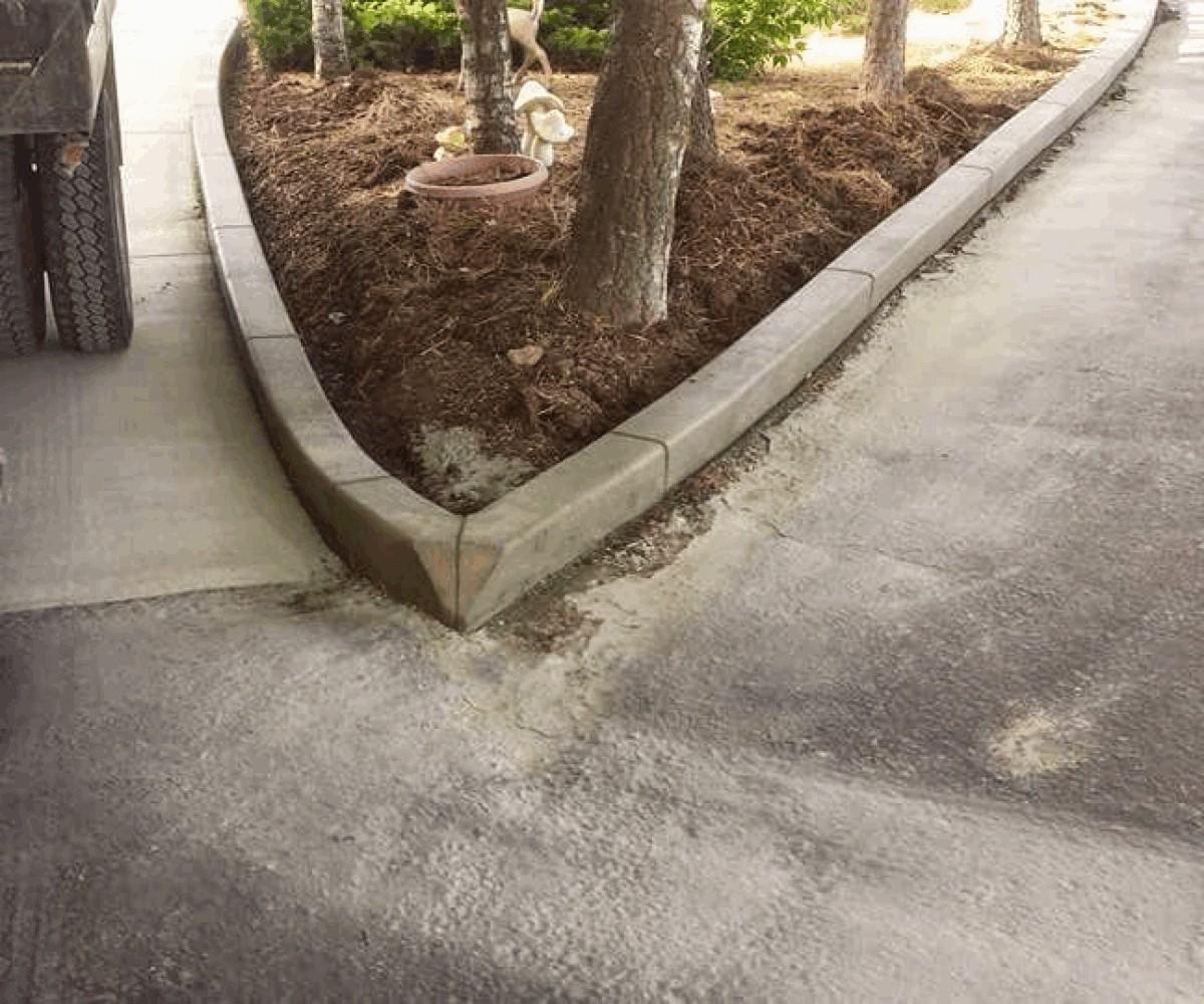 Large Square Curb Corner